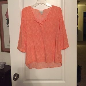 Pretty orange and white top