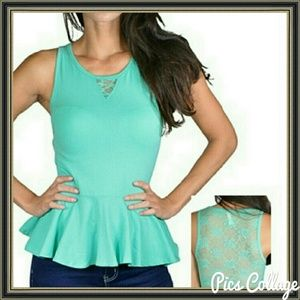 Tops - Beautiful green top one left small