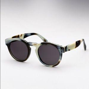 Illesteva Accessories - Illestevia Leonard sunglasses