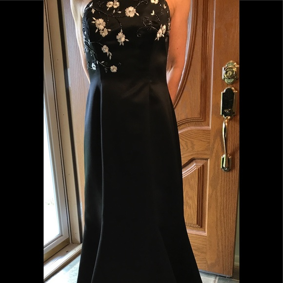5c33b8e95 Morgan & Co. Dresses   Mermaid Style Black Formal With Embroidery ...