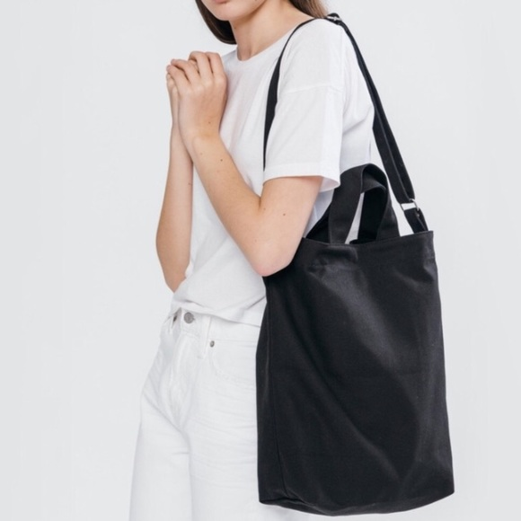 2fbcc141f1 baggu Handbags - Black baggu duck bag
