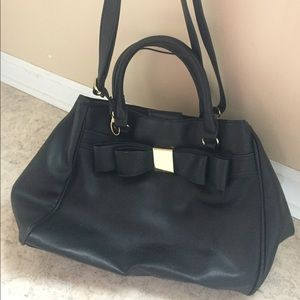 Black/Gold Bow Purse with Strap