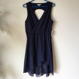 Dresses & Skirts - Navy blue NWT chiffon dress