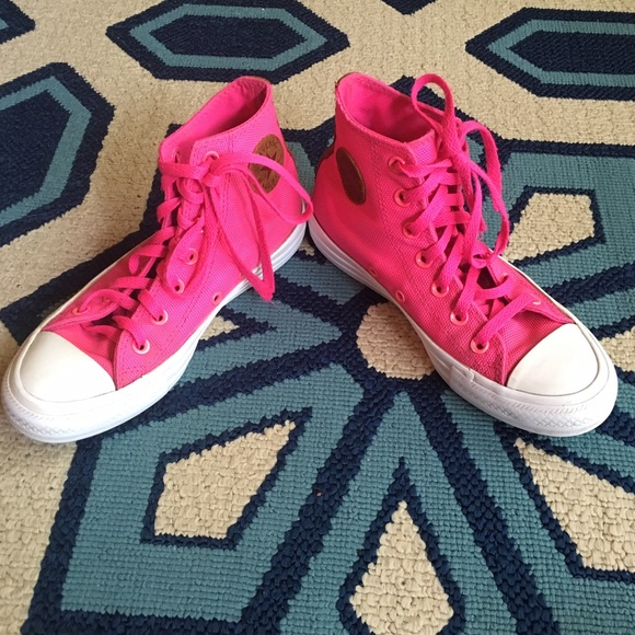 51 off converse shoes hot pink converse � high tops
