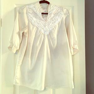 White boutique blouses