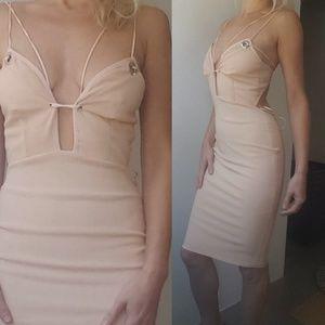 Bec & Bridge Dresses & Skirts - Nwt Bec + Bridge blush pale pink sleek midi dress