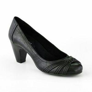 Sonoma Shoes - EUC {Sonoma} Black Heels