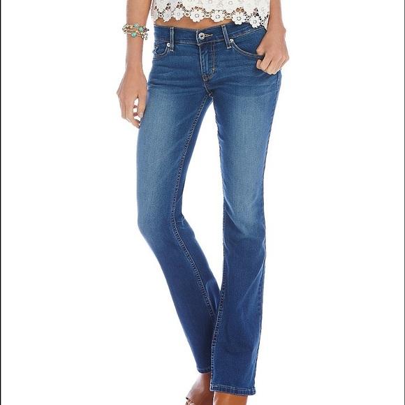 9a92e30d2ac2d Levi's Jeans | Levi 524 Juniors Bootcut In Medium Blue | Poshmark