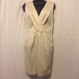 NWT Covington V-neck dress w/ pockets size 6