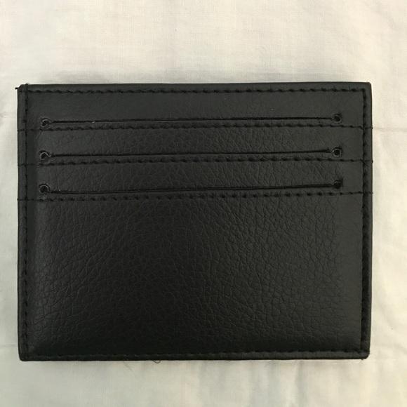 caa8fff3 Zara Man black leather card holder