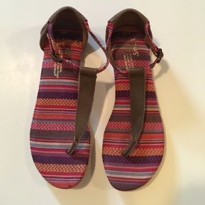 TOMS Shoes - Toms brown playa sandal.  Size 5.  Great condition