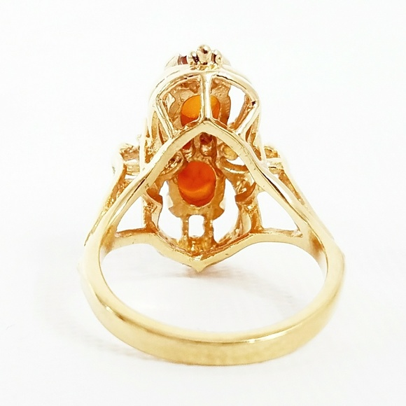Vintage  Vintage 18k Gold Amber & Diamond Ring From. Detailed Gold Rings. Le Veon Rings. Branded Engagement Rings. Sweet Wedding Wedding Rings. Face Rings. Interlocked Wedding Rings. Ridiculously Wedding Rings. Lotus Flower Engagement Rings