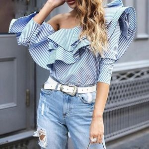 🆕Dory Blue Ruffle Off The Shoulder Top