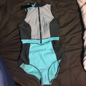 Robyn Lawley Other - Robyn Lawley Scuba zip swimsuit