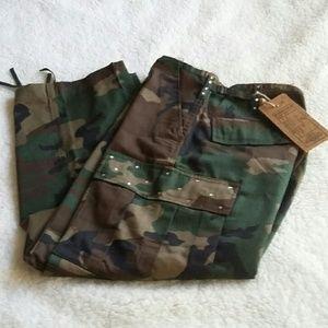 Camo Pants - Bling Army Type Fatigue Capri or Short pants NWT