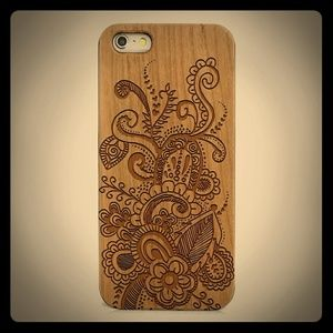 Shake n' Doodle Designs Accessories - Wood Phone Case with Hand Drawn Doodle Inspired Fl