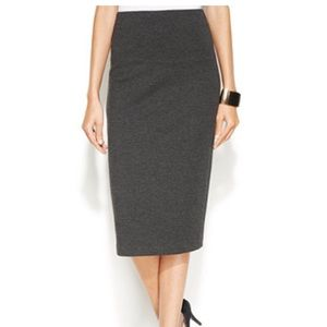 Pendleton Dresses & Skirts - Pendleton Charcoal All Seasons Wool Pencil Skirt