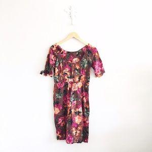 Topshop Dresses & Skirts - TopShop Floral Cotton 1/2 Sleeve Shift Dress