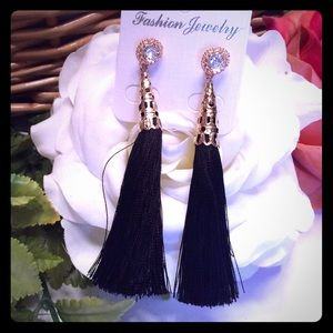boutique Jewelry - BLACK TASSEL EARRINGS