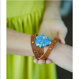Accessories - Leather and stone handmade bracelet