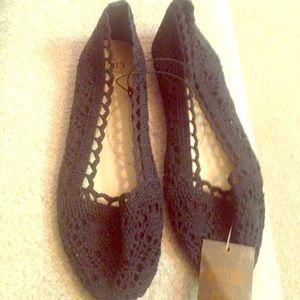 Shoes - Crochet black ballet flats, size 7