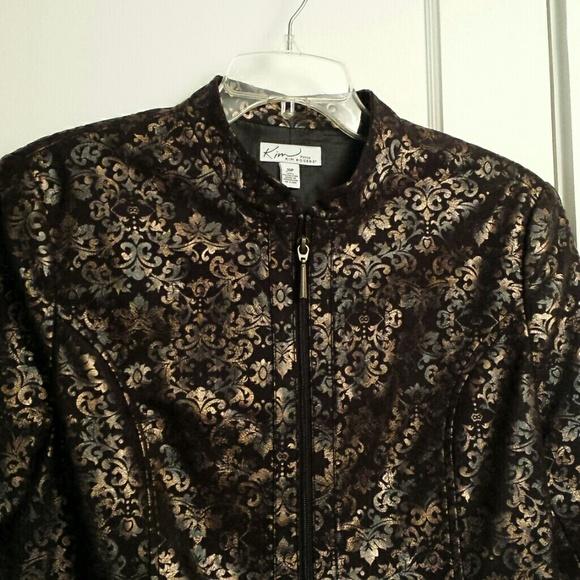 Kim Rogers Jackets & Coats - Fully lined jacket. Zippered front. Like new
