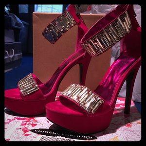 Chinese Laundry Shoes - Bejeweled Fuchsia Platform Sandals💎