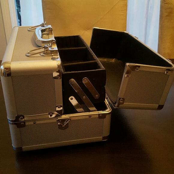 Mac Cosmetics Bags Makeup Case Kit Caboodle Organizer