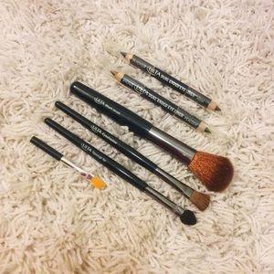 Other - Ulta eyeliner & makeup brush set