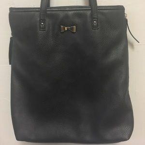 Candie's Handbags - Candies black purse