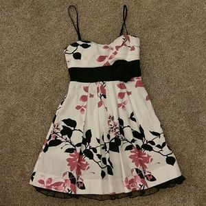Xtraordinary Dresses & Skirts - 🦋7.00 Sale! Beautiful Dress! 3