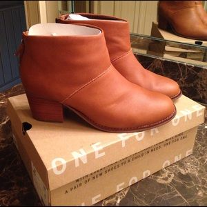 Toms Leila Bootie in Warm Tan Leather.