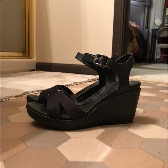 523752d2b44 Women's Crocs Leigh II Wedge Sandals