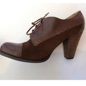Cooperative Shoes - Cooperative Suede oxford heels
