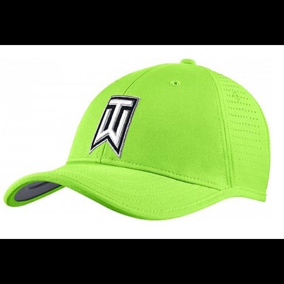 Nike Tiger Woods Ultralight Tour Adjustable Hat. M 590d41f75c12f86c26029c1a 66bbe7a09c8