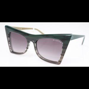 Wildfox ivy sunglasses NWT