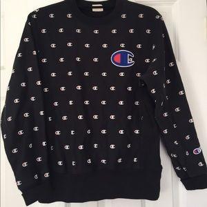 Champion Sweaters - CHAMPION Logo Sweatshirt
