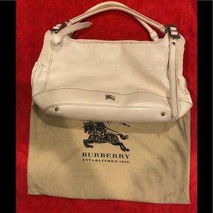 Burberry Handbags - Women's Burberry nova purse
