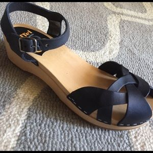 Swedish Hasbeens Shoes - Swedish hasbeen tutti fruity sandal.