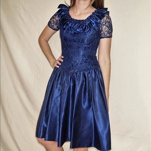 Alfred Angelo Dresses & Skirts - Alfred Angelo vintage party dress, navy