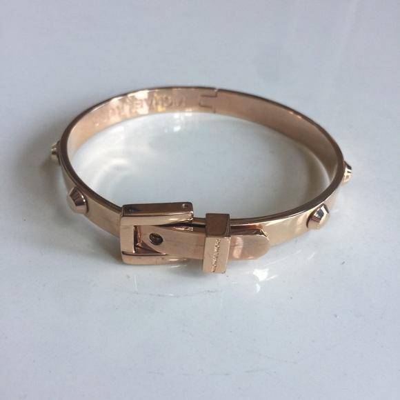 fd1af2c69a7a Michael Kors Astor Stud Rose Gold Bracelet. M 5908113e620ff71dd9119250