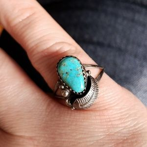 Vintage Jewelry - Vtg Native Turquoise ring silver size 7