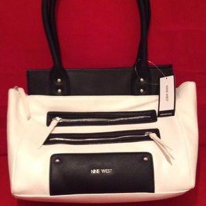 Nine West ZIP ZIP Roomy Shoulder Bag