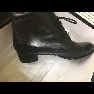 Women's leather boots, comfortable and soft!