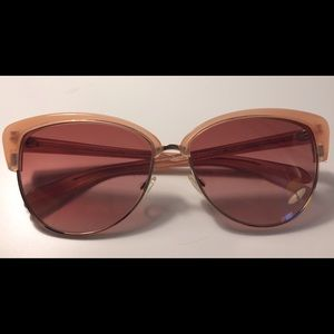 Oliver Peoples Accessories - Oliver People's Rose gold Sunnies