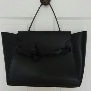 alberta di canio Handbags - NWT Alberta Di Canio leather handbag Black