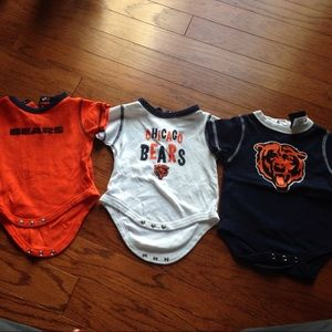 Other - Great condition Bears onesies bundle 3/6mo 🐻🏈