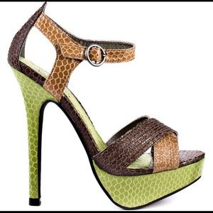"""Luichiny Shoes - NEW! Luichiny Bow Tie """"Snakeskin"""" Pumps Sz10"""