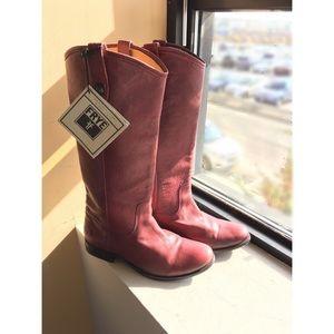 🎉HP🎉 Frye Melissa Button Boot