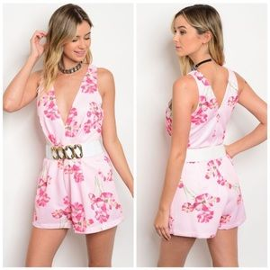 Pants - NEW ITEM💋🌷 Pink Floral Belted Romper